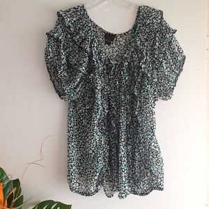 TORRID Sz 2 Short Sleeves Pretty & Feminine Blouse